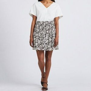 NWT!! UNIQLO Floral-Style Pattern Flare Mini Skirt